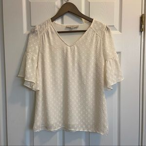 Loft textured cream top with short flowy sleeves S